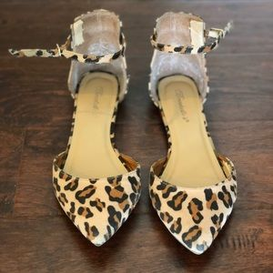 Shoes - Leopard Flats